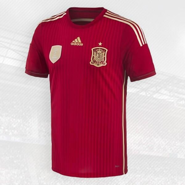 actual campeona del mundo viste la ropa de la alemana Adidas, fundada en 1949.