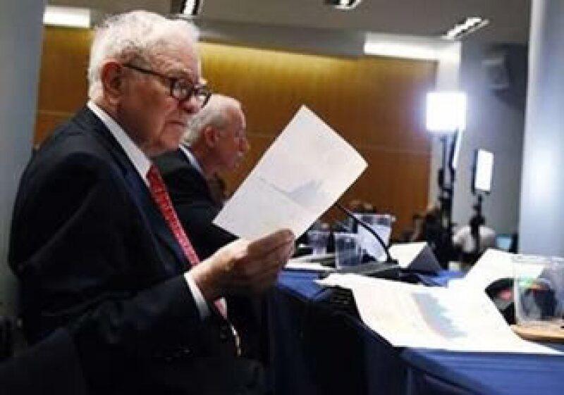 El ganador de la subasta podrá llevar hasta 7 amigos a convivir con el magnate. (Foto: Reuters)