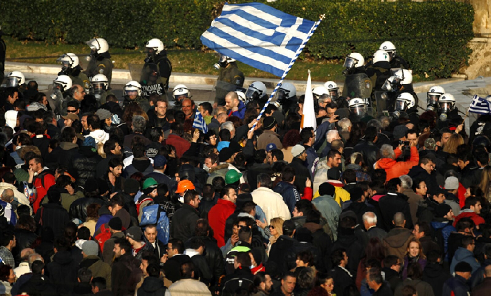 La mayor economía de la zona del euro aumentó la presión este domingo sobre Grecia al decir que el bloque necesitaba acciones, no palabras de Gobierno heleno.