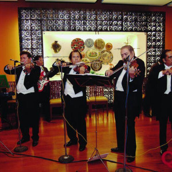 Músicos. Vilones de Villa Fontana