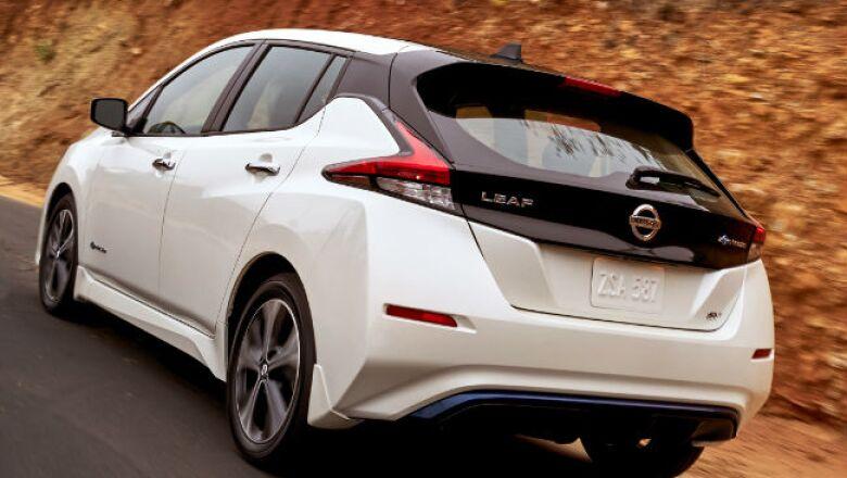 Nissan Leaf 2018 (b)