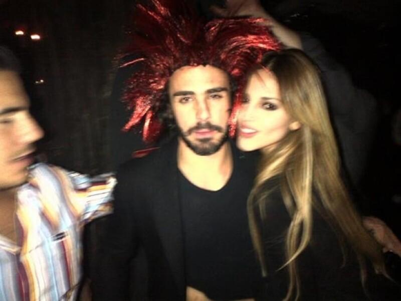 Al igual que hace un año, la cantante y actriz de ahora 23 años compartió una imagen festejando su cumple junto a su `chimi´ consentido: el empresario Pepe Díaz.