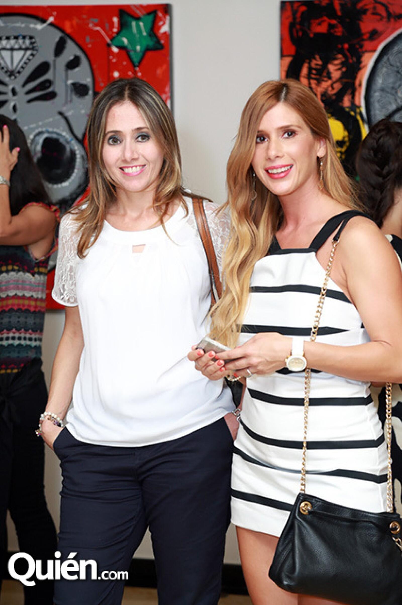 Carolina Handal de Dieck y Raquel Cano de López