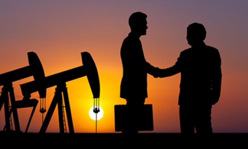La compra se produce en un momento en que las petroleras están bajo presión debido a la caída de los petroprecios. (Foto: Shutterstock)