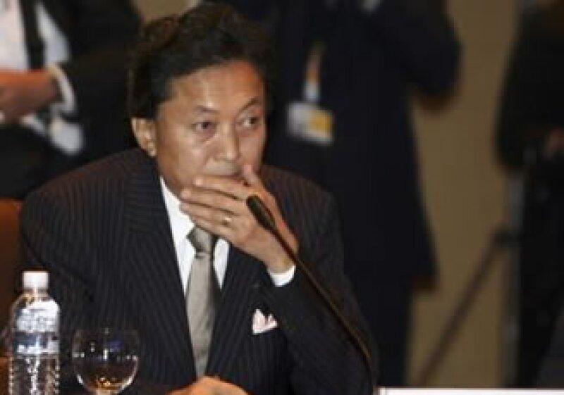 El pimer ministro japonés, Yukio Hatoyama, en la cumbre asiática.  (Foto: Reuters)