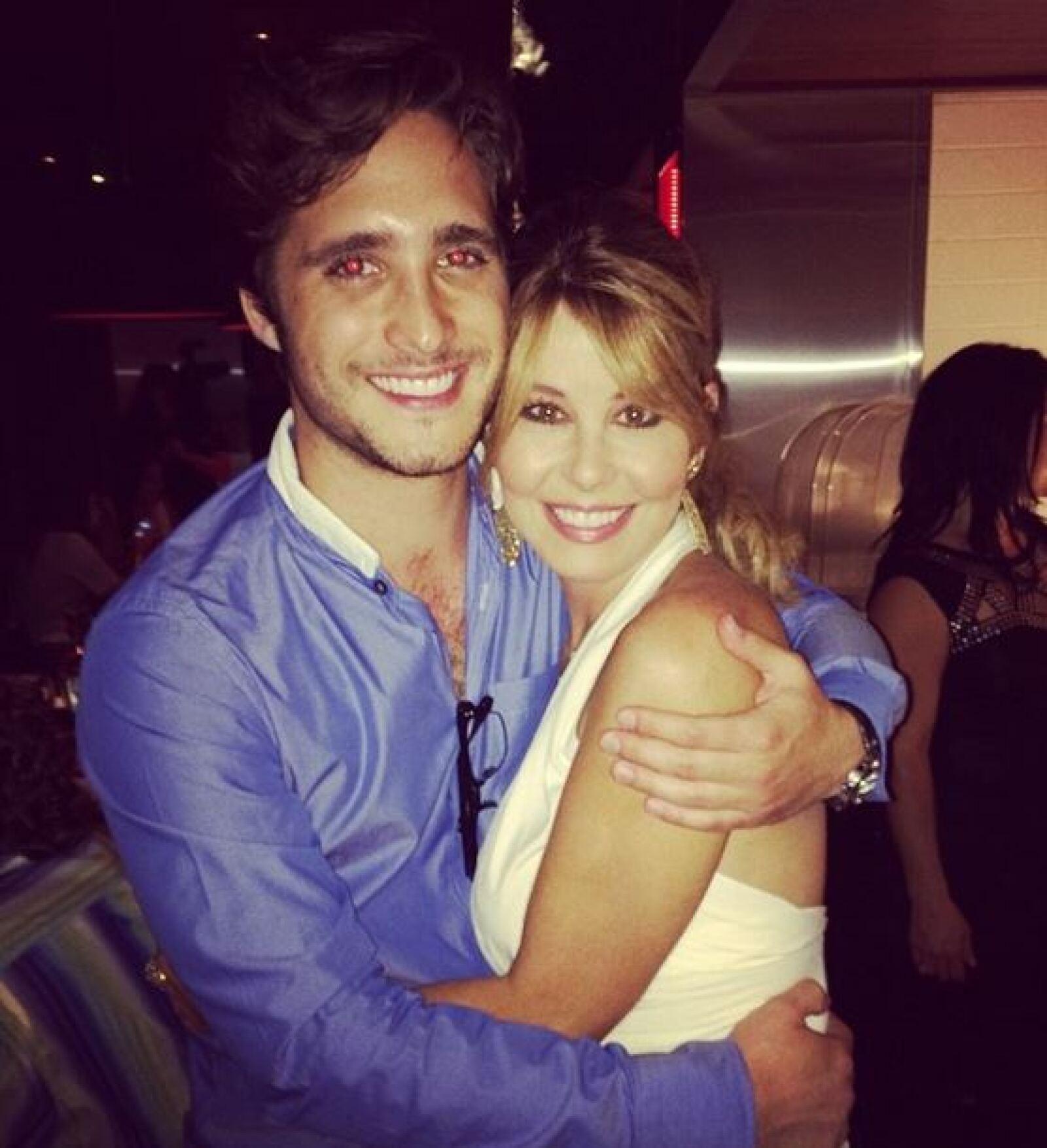 Diego Boneta y Myrka Dellanos.