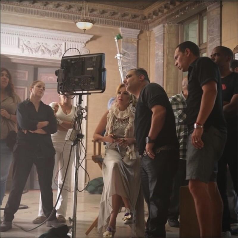 Thalía en el set de grabación de su nuevo video.
