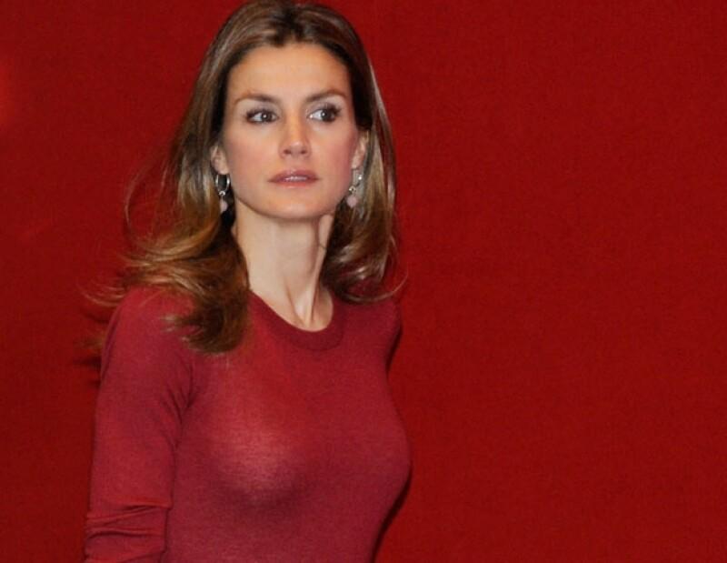 La periodista española Paloma García Pelayo informó que la princesa viajó en solitario a finales de noviembre a EU, concretamente la semana de la última intervención quirúrgica del rey Juan Carlos.