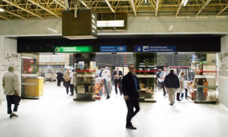 GAP estima que el evento deportivo le puede agregar de 2% a 5% de pasaje en la terminal aérea de Guadalajara para octubre de 2011. (Foto: Photos to Go)