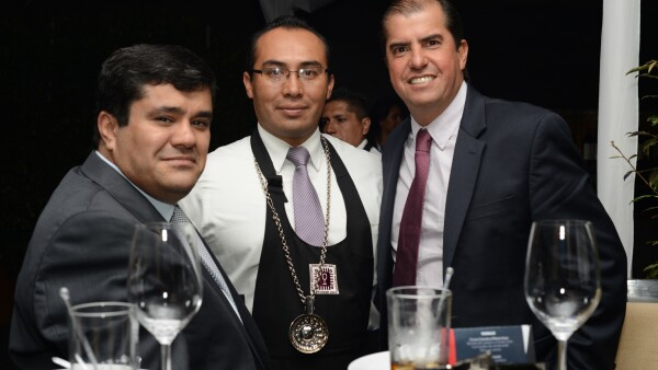 F�lix David de Festo, el sommelier Mauricio Mill�n y Alfonso Ram�rez de Festo