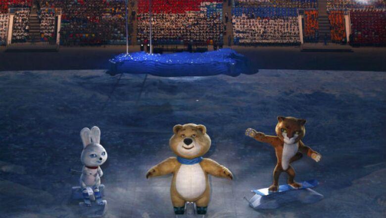 El oso, leopardo y la liebre dieron la bienvenida a los juegos que durarán hasta el 23 de febrero.