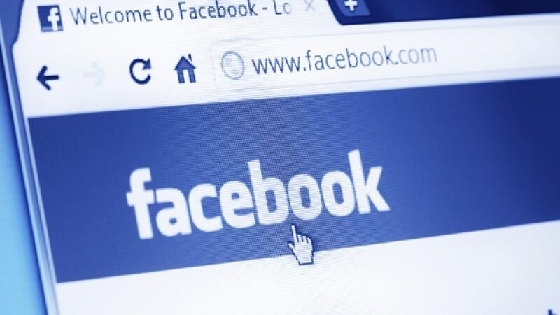 Una mujer utilizó su cuenta de Facebook para subir el video de un supuesto asesinato que cometió en junio