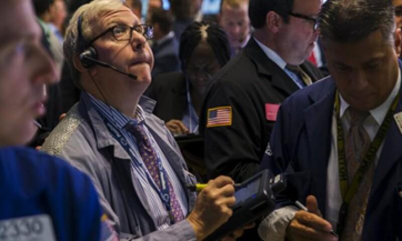 El Dow Jones perdía 1.86% en la Bolsa de Nueva York este martes. (Foto: Reuters)