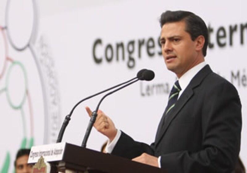 Enrique Peña Nieto, gobernador del Estado de México. (Foto: Archivo Notimex)
