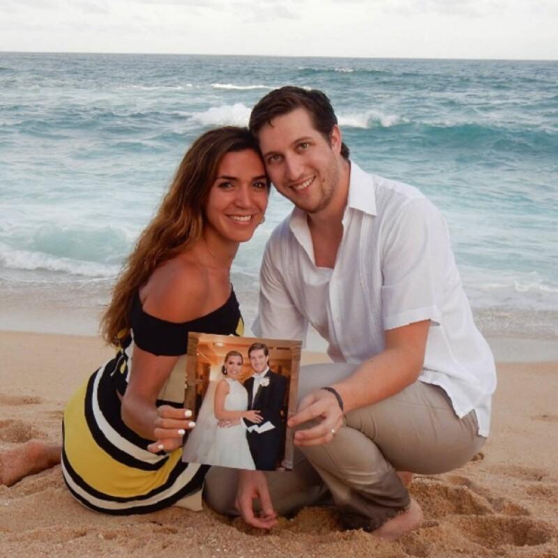 De acuerdo a su Instagram, Yvonne está casada desde hace poco más de un año con Alejandro Tortoriello.