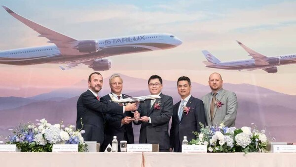 STARLUX-orders-17-A350-XWB-for-long-haul-network-Signature-.jpg