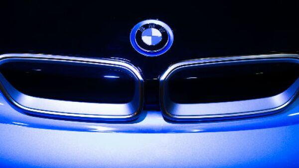 BMW logo oscuro