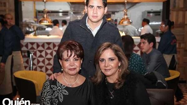 ERGIO CARBAJAL,AMIRA RICALDE Y AMIRA MAGALLANES