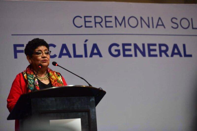 Ernestina Godoy como fiscal