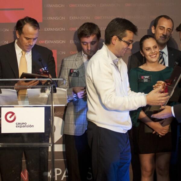 Seis proyectos fueron reconocidos de una forma especial por la edición de Emprendedores y se les otorgó una mención honorífica. Esos proyectos fueron: Siempre Verde, Fontacto, Genesis Ventures, Litebuilt, Ganadería Delicias y Cervecería Minerva.