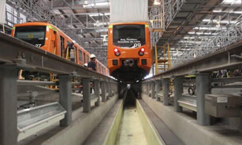 La Línea Dorada fue parcialmente suspendida ante los riesgos por fallas estructurales (Foto: Cuartoscuro)