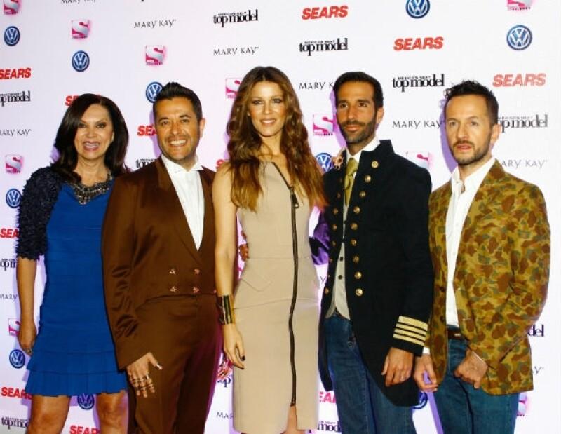 De izquierda a derecha: Glenda Reyna, Antonio González de Cosío, Jaydy Michel, Allan Fis y Oscar Madrazo.