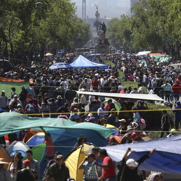 plantón CNTE Reforma 2
