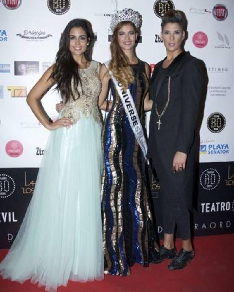 Quien fuera reina de belleza el año pasado y saliera del clóset en agosto con una foto de Instagram entregó la estafeta a la ganadora del certamen 2014, acompañada de su pareja, Vanessa Cortés.
