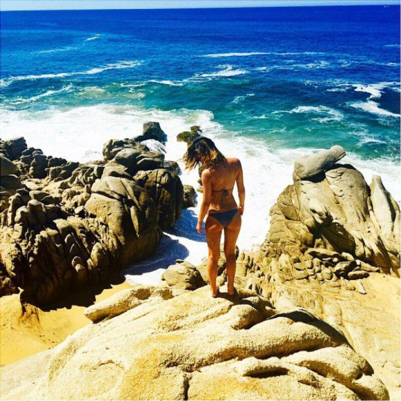 Karla Laveaga ama el Sol y la playa, y lo hace saber a sus seguidores en Instagram al compartir fotos desde el paradisiaco destino donde se encuentra actualmente.