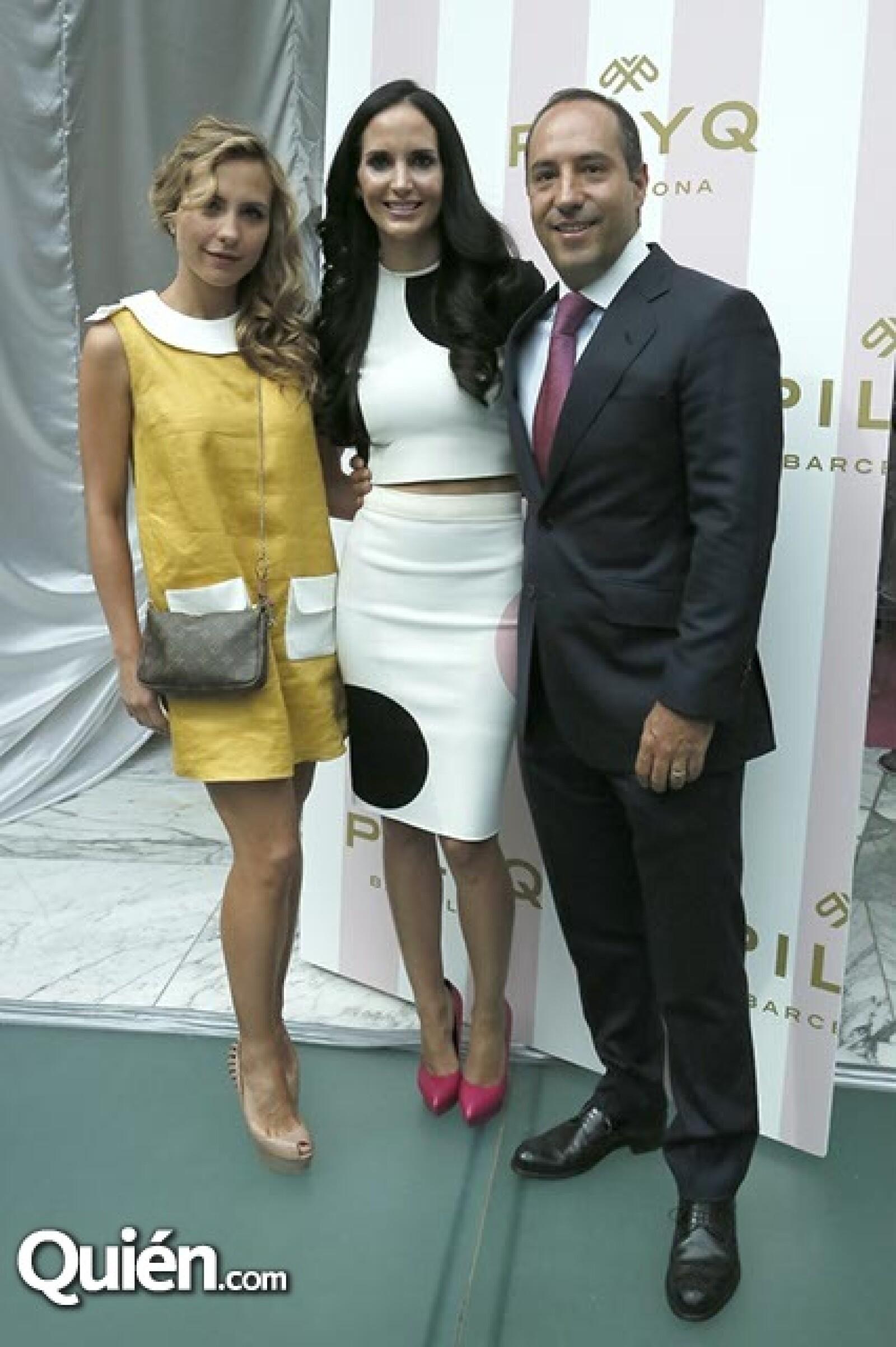 Lucía Ferrer,Valeria y Jorge López