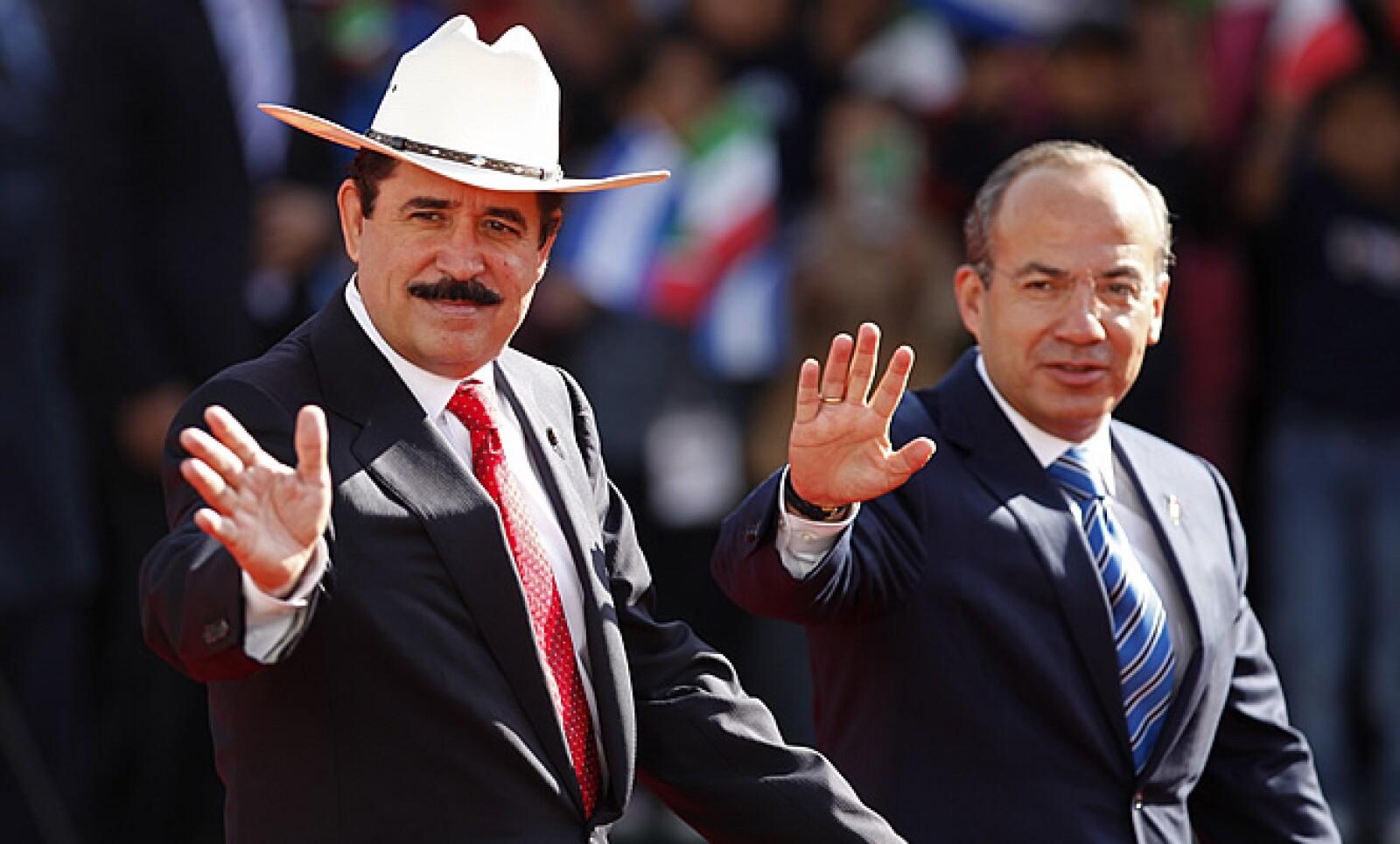 México consintió al depuesto mandatario hondureño, Manuel Zelaya, el cual fue recibido y elogiado por su homólogo Felipe Calderón, el martes pasado.
