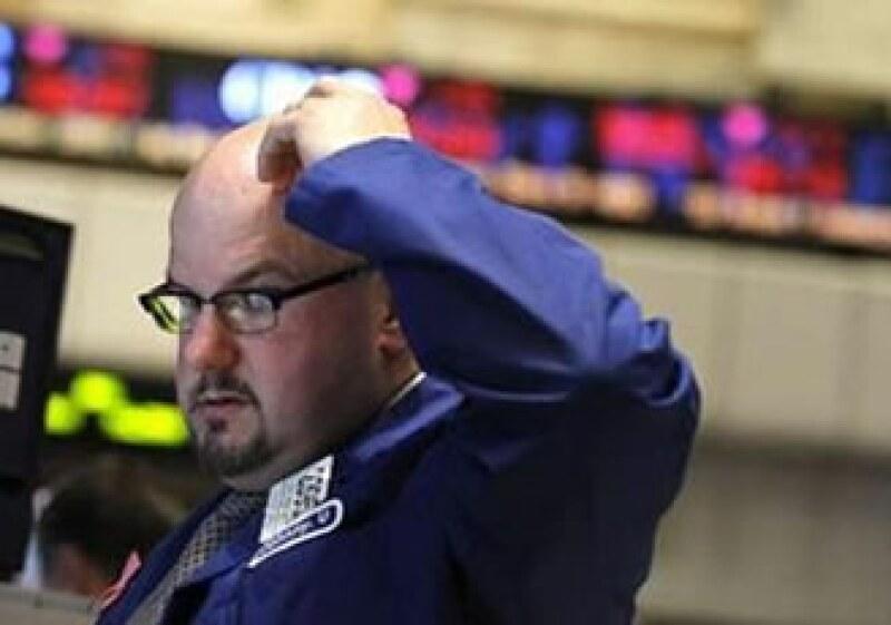 Los bonos del Tesoro de EU suben ante la búsqueda de activos de mayor seguridad. (Foto: Reuters)