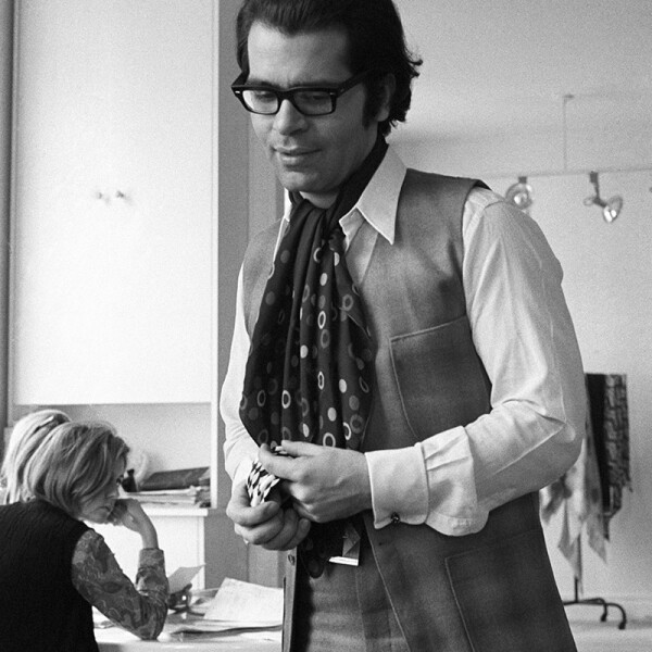 Karl Lagerfeld, Paris