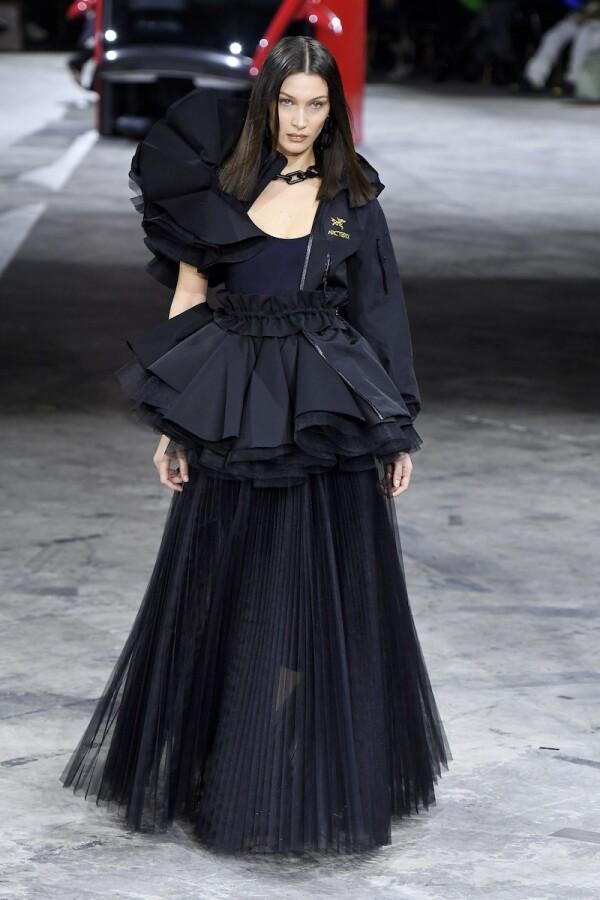 Off-White : Runway - Paris Fashion Week Womenswear Fall/Winter 2020/2021