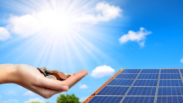 solar-panel-on-the-roof-of-the-house-picture-id864911210.jpg