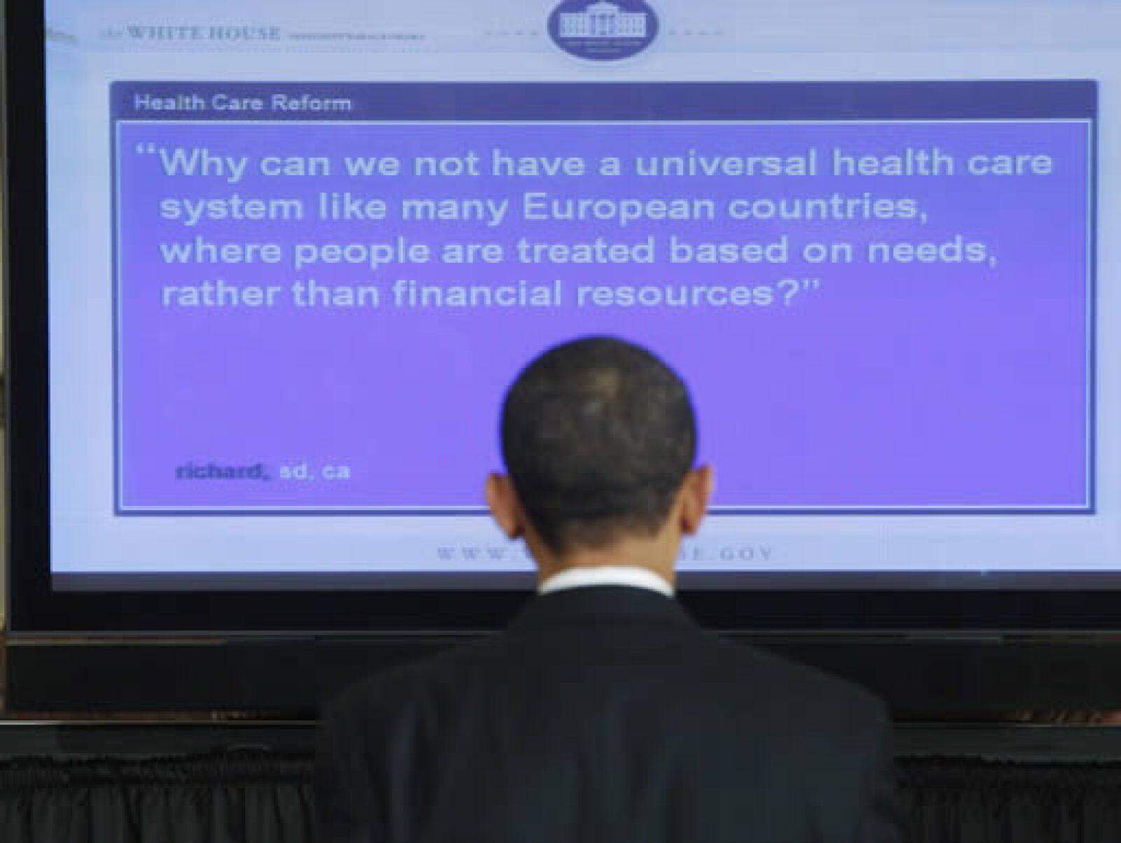 El presidente participó en un foro en el sitio web de la Casa Blanca.