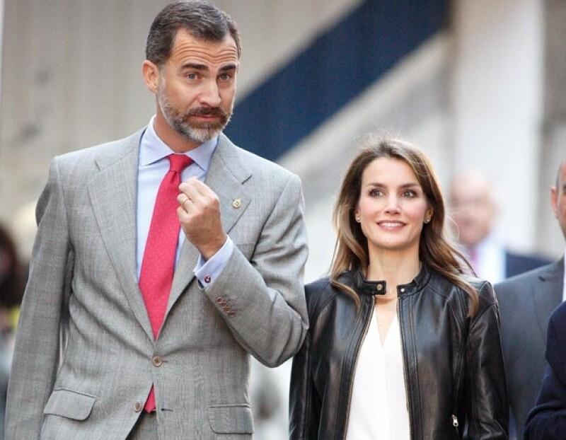 La pareja pasó un fin de semana de descanso en Almería acompañadps por amigos, la anécdota tuvo lugar cuando el príncipie pidió dividir la cuenta en un restaurante en dos partes.
