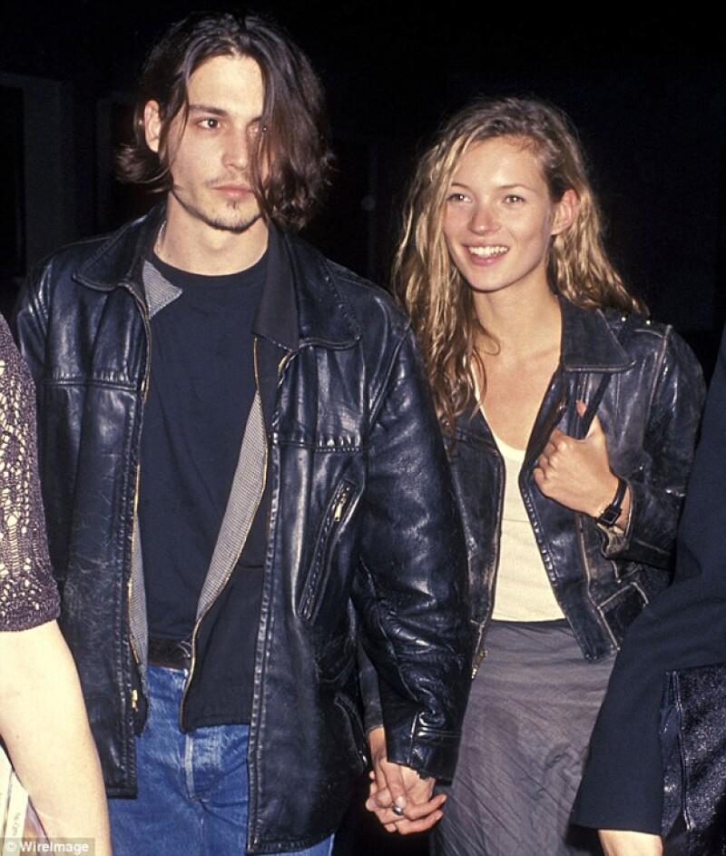 La prensa considera la relación de Johnny Y Kate Moss como pasional y tormentosa.