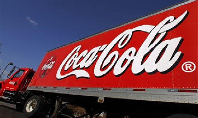 Según un estudio de FEMSA , operar un camión con doble remolque genera un ahorro de 26% respecto de movilizar el mismo volumen de mercancía con camiones de una caja. (Foto: AP)