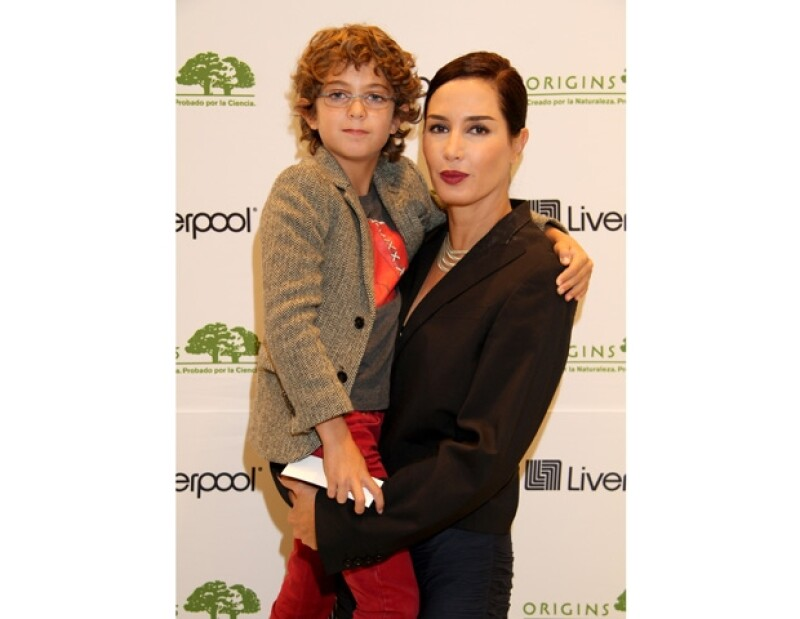 La actriz comparte cómo disfruta la faceta más reciente en su vida con su nieto Lorenzo, al que considera un hermano más de sus hijos.
