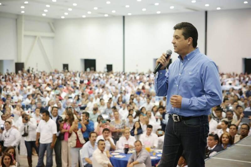 Francisco García Cabeza de Vaca, quien ganó la elección con el 50% de los sufragios, ha sostenido reuniones con militantes como agradecimiento por el triunfo.