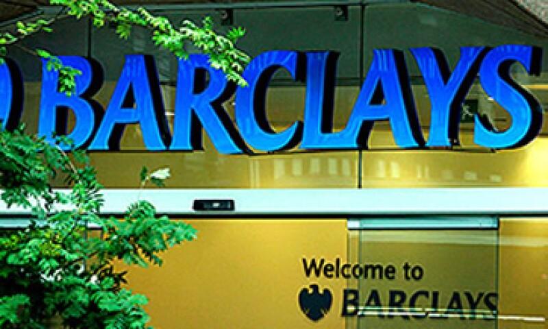 Barclays recibió una multa de 450 mdd por manipular las tasas.. (Foto: Cortesía CNNMoney)