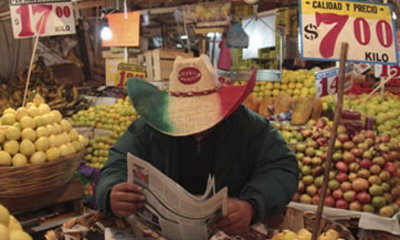 La naranja, la piña y el melón también registran aumentos en los últimos meses. (Foto: Cuartoscuro)