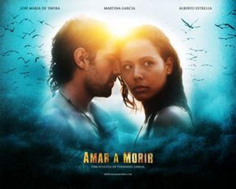 La golfista decidió unirse al proyecto de Fernando Lebrija, quien se estrena como director con 'Amar a morir', protagoniza José María de Tavira y se presentará en el Festival de Cine de Guadalajara.