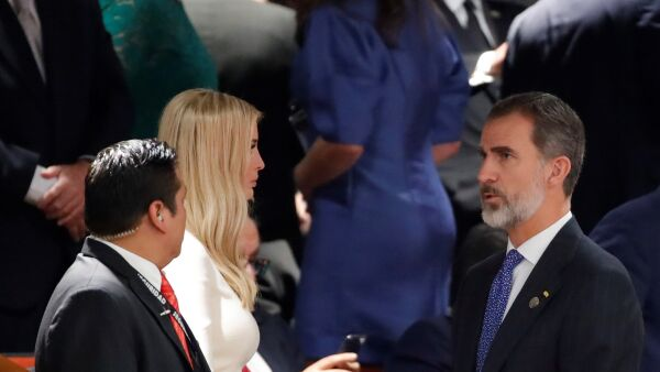 Ivanka con rey Felipe de España