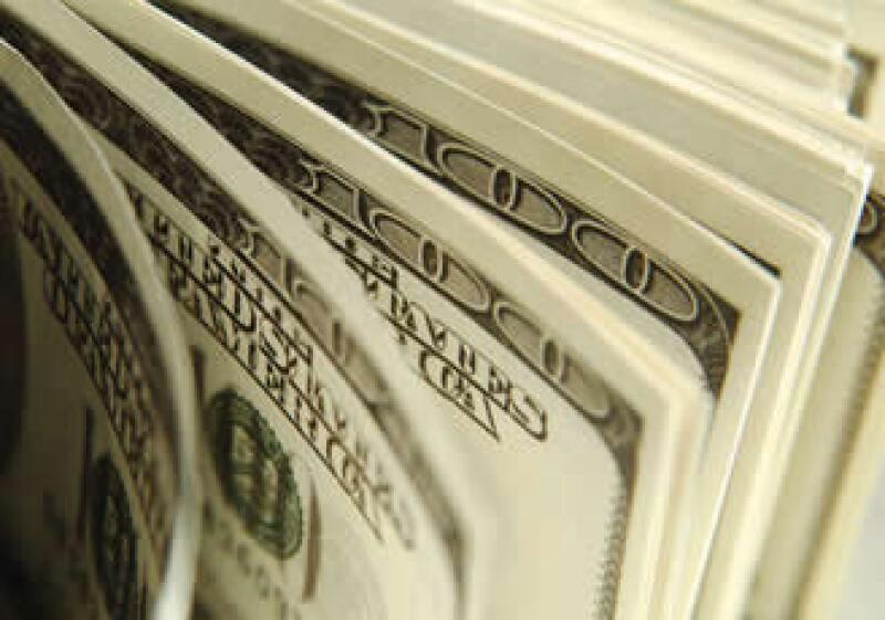 La inversión en dólares es la mejor opción para los más experimentados que tienen la agilidad de mover su dinero en búsca de mejores utilidades.  (Foto: Photos To Go)