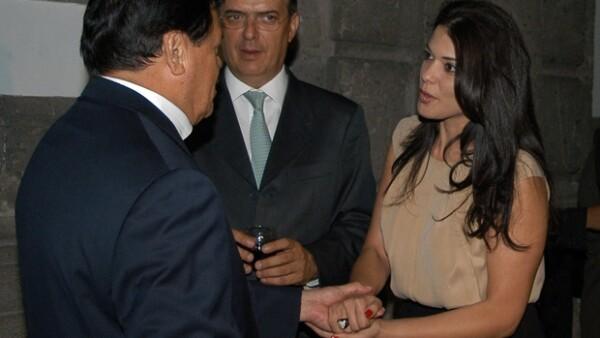 Marcelo y Rosalinda, con el cardenal Norberto Rivera.
