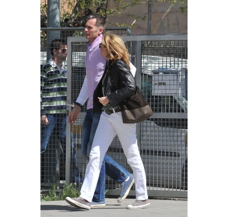 La infanta Cristina y su esposo unos días antes de rendir declaración como sospechosa en el caso de su esposo hace algunos meses.