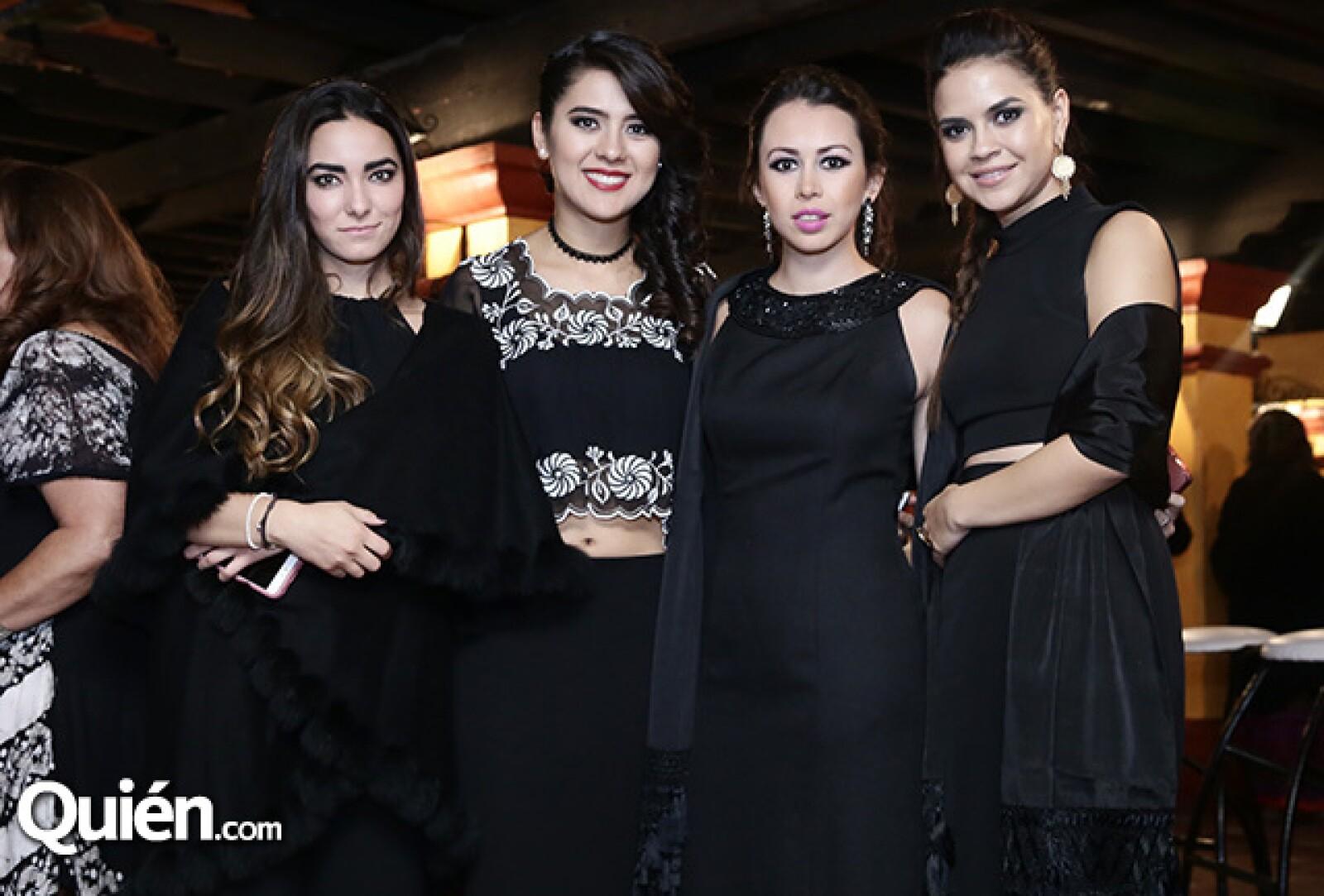 Brianda Pérez Negron, Celina Díaz, Andrea Ransanz y María Bermúdez