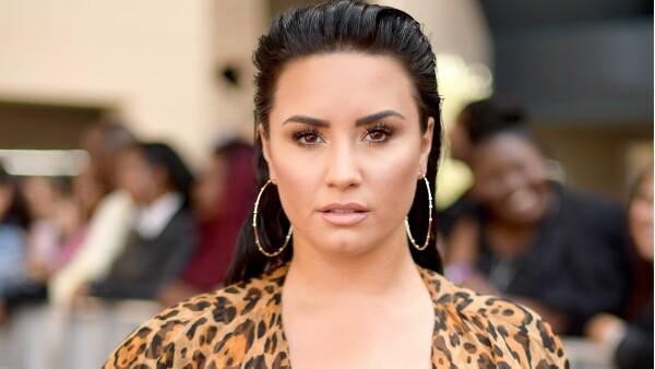 Demi Lovato abandona temporalmente clínica de rehabilitación